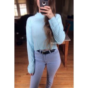 🍂 90's Essential Baby Blue Ribbed Crop Sweater 🍂